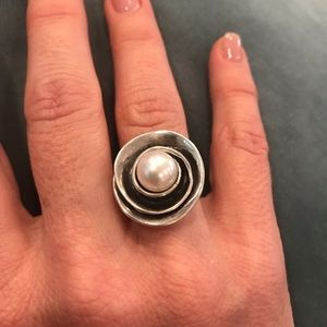 Silpada Sterling Silver & Pearl Ring